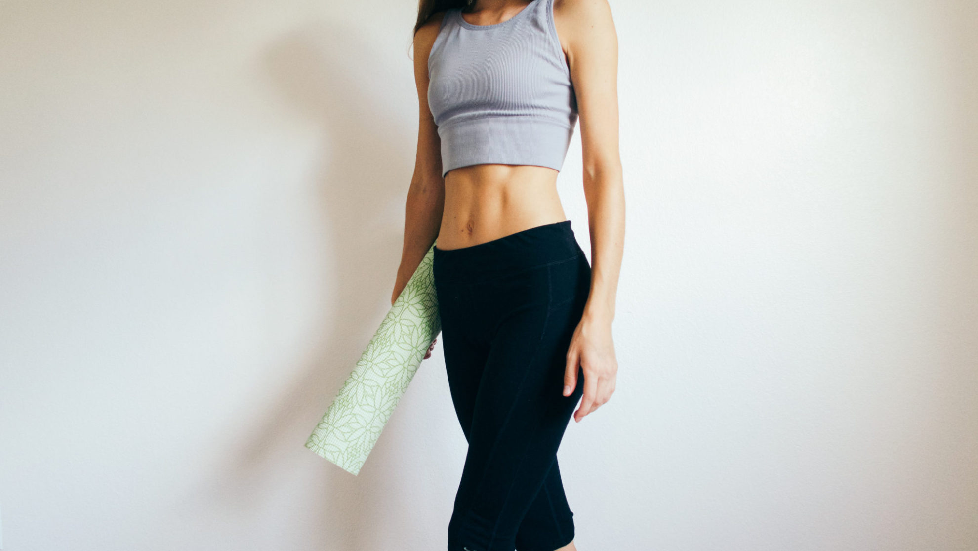 4 Super Easy Moves to Get Killer Abs