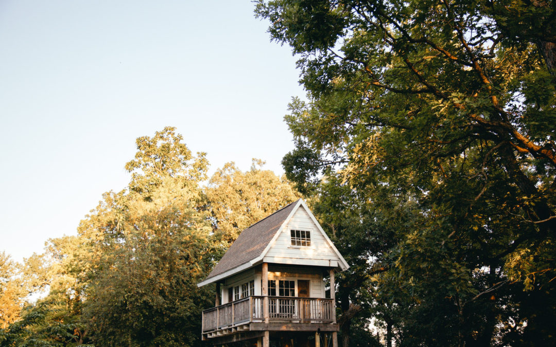 Treehouse Airbnb's in the Midwest (Wisconsin, Minnesota & Michigan)